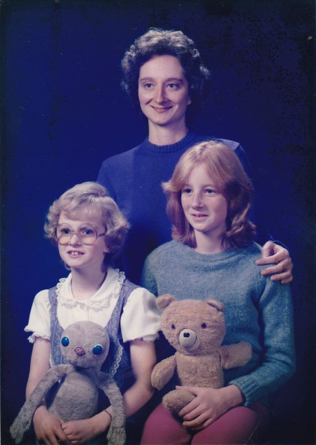 Sue and the Girls 1985